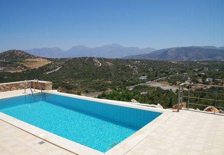 Villa in Kritsa, Crete: Infinity pool and amazing views