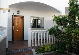2 bedroom townhouse in La Cinuelica.