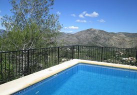 3 Bedroom Villa Private Pool Sleeps 8 Near Calpe Costa Blanca