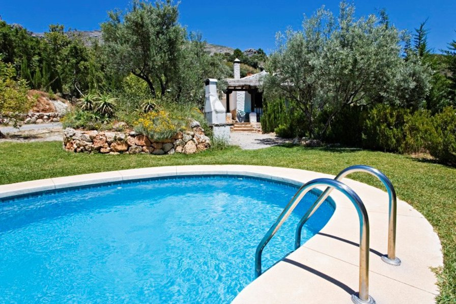 Villa in Spain, Álora: Private pool viewable from terrace