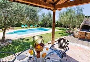 Villa in Spain, Alora, El chorro: Perfect secluded family villa,spacious garden, private pool and ..