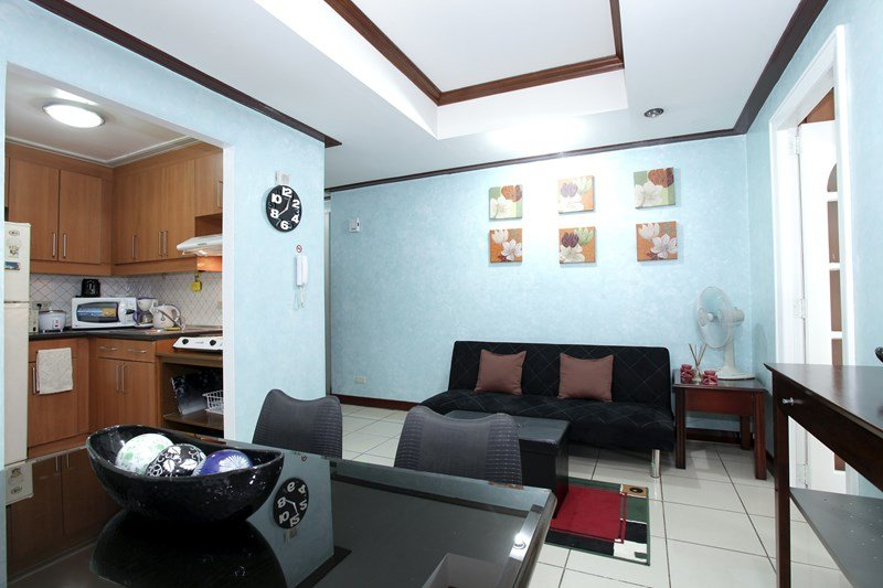 Robinsons Place Residences - 1 Bedroom - RPR4