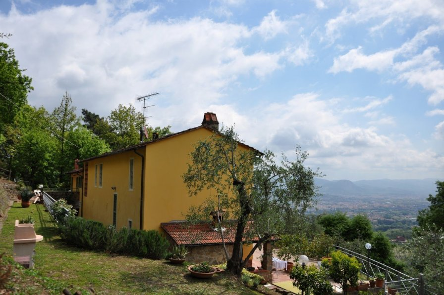 House in Italy, Buggiano