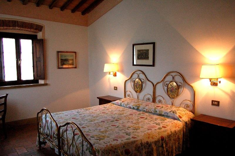 Apartment in Italy, Lajatico