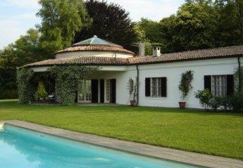 Villa in Italy, Dormelleto