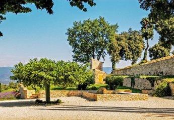 Villa in France, La Tour-d'Aigues