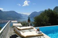 Villa in Italy, Lake Como: Picture 1 of Bella sul Lario