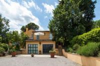 Villa in Italy, Cetona: Picture 1 of Siena countryside family villa