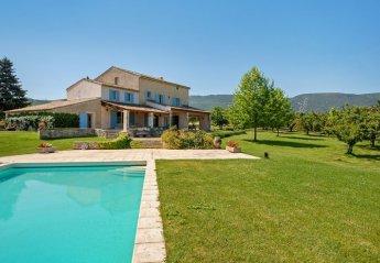 Villa in France, Bonnieux