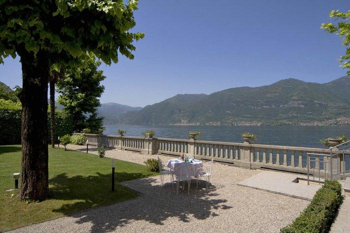 Villa in Italy, Lezzeno