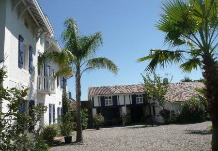 Villa in Saint-Martin-de-Seignanx, France