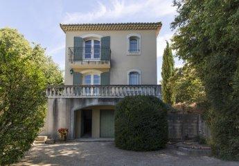 Villa in France, Vauvert