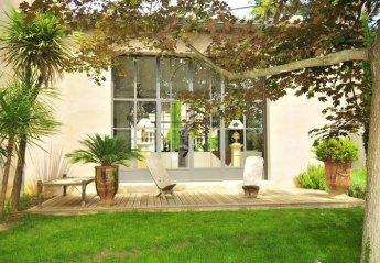 Villa in France, Bouches-du-Rhone