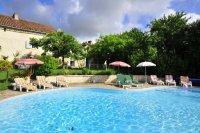 Villa in France, Biras