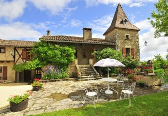 Villa in France, Lot