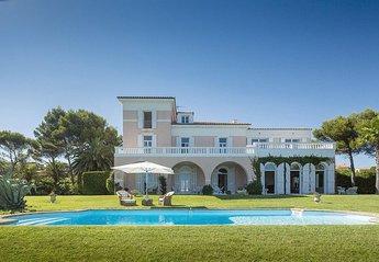 Villa in France, St Aygulf