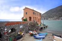 Villa in Italy, Levanto: Picture 1 of Exclusive Liguria beach villa