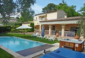Villa Des Pierres Rouges
