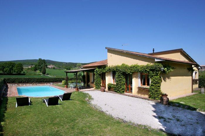 Villa in Italy, Monteriggioni