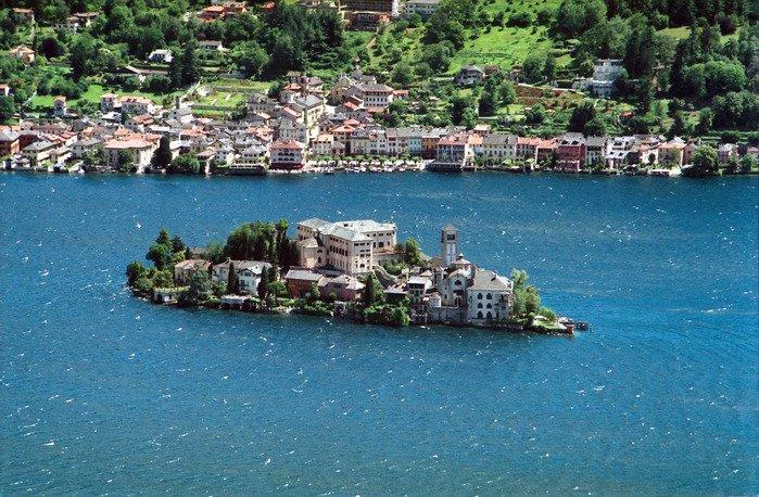 Villa in Italy, Lake Orta