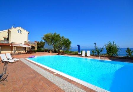 Villa in Villammare, Italy