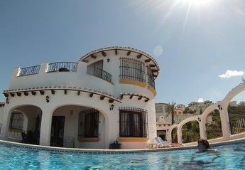 4 bedroom Villa for rent in Denia