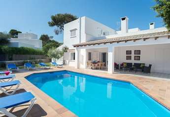 6 bedroom Villa for rent in Cala D'Or