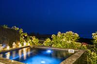 Villa in Greece, Oia: Relax your body and your soul to the outdoor hydro-massage spa for 6 persons.