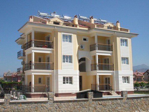Owners abroad Beautiful two bedroomed ground floor apartment
