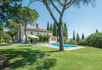 7 bedroom House for rent in Monteroni d'Arbia
