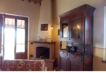 House in Italy, Trasimeno: Picture 1 of Image 1