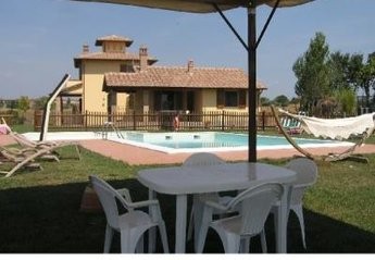 2 bedroom House for rent in Castiglione del Lago