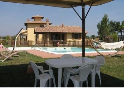 House in Italy, Castiglione del Lago: Picture 8 of Image 8