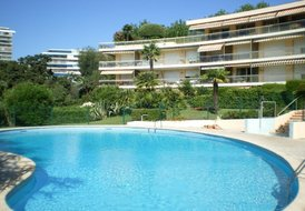 Apartment in Broussailles, the South of France