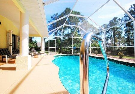 Villa in Long Meadow, Florida