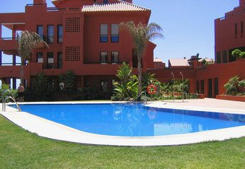 Apartment in Spain, Sitio De Calahonda: 1. Pool area