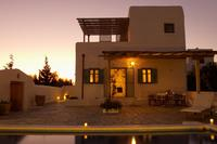 villa Helidoni, w. chloor free pool, at non touristic village