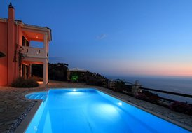 Charming villa with pool, seaviews, magical sunsets - Villa Eleni