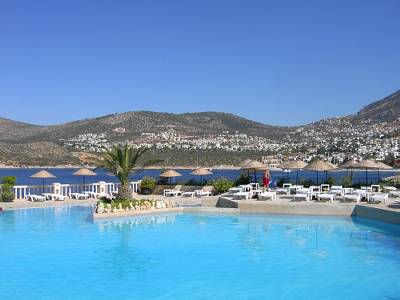 Apartment in Turkey, Kalkan: The grand pool