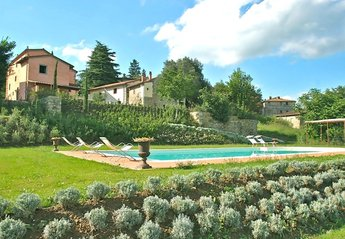 7 bedroom Villa for rent in Castel Focognano