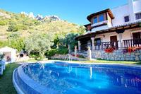 Villa in Spain, EL CHORRO, ÁLORA: Beautiful rustic villa, private pool, secluded mountainside loc..