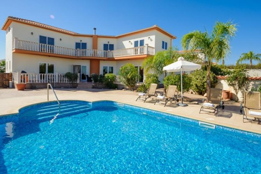 Villa In Ayia Napa Cyprus With 5 Bedrooms Swimming Pool