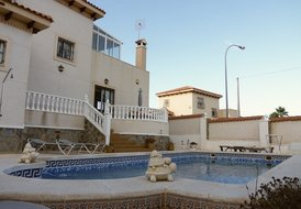 4 Bed 2 Bath Villa In San Miguel Sleeps 8, Pool & WiFi
