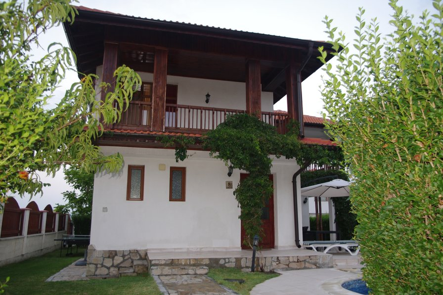 Owners abroad New Listing - 3 Bed Villa in gated environment with private pool