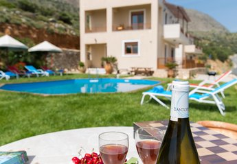 Villa in Greece, Agia Paraskevi