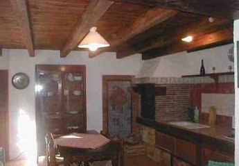Apartment in Italy, Sciacca: fully equipped kitchen & wood burning stove