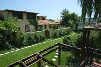 Apartment in Italy, Sciacca: communal garden