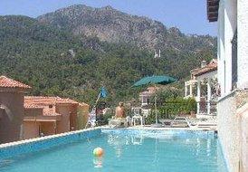 5 bedroom luxury Villa for upto 10 people