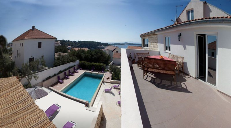 Penthouse apartment in Croatia, Hvar: Roof Terrace with sea and pool view