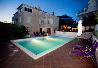 Apartment in Croatia, Town of Hvar: Private pool bar only for villa s guests